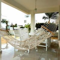 Colonial Beach Villas 33 & 13, hotel in Perivolia