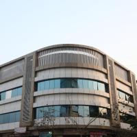 Hotel Fantacee, hotel in Navi Mumbai