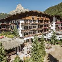 Hotel La Perla: The Leading Hotels of the World, hotell i Corvara