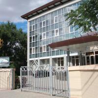 Отель Белый Лотос, отель в Элисте