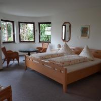 Gästehaus Ursula Fehrenbach, hotel in Neuenburg am Rhein