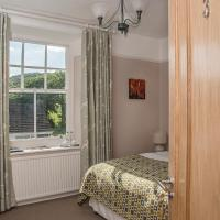 Llety Brynawel Guest House