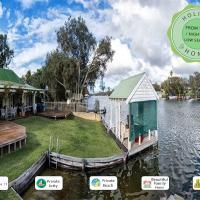 Mandurah Riverfront Holiday Rental, hotel em North Yunderup