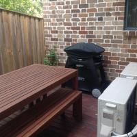 Hideaway Holiday Apartments, hotel in Leura