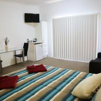 Honeybee - Country Accommodation, hotel in Kandanga
