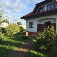 Haus mit Garten, hotel near Solidarity Szczecin-Goleniów Airport - SZZ, Szczecin