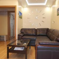 Apartment On Prospekt Yunosty