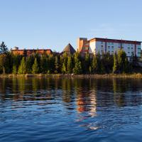Manitoulin Hotel and Conference Centre, hotel em Little Current