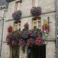 Chambres d'Hôtes A la Garde Ducale, hotel in Moncontour