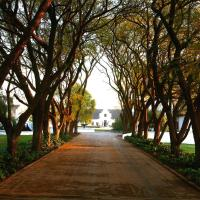 Kievits Kroon Gauteng Wine Estate, hotel in Pretoria