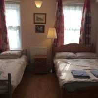 Central Greenwich guest rooms