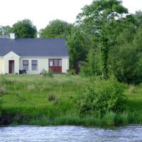 Kesh Lakeside Cottage, hotel in Kesh