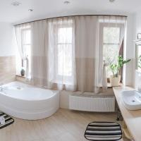 Park Apartments, hotel in Valmiera