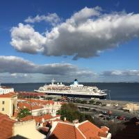 Alfama Flats - Beco Dos Ramos, hotel in Alfama, Lisbon