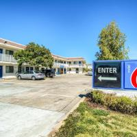 Motel 6-Redding, CA - North, hotel in Redding