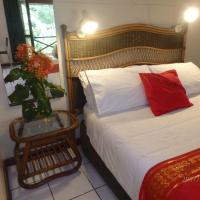 Daintree Deep Forest Lodge, hotel in Cape Tribulation