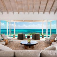 Sailrock Resort - Oceanview Villas & Suites