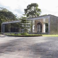 Villa Refuge Astrolabe, hotel in Rabo de Peixe