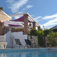 Casa Luz del Faro Bed & Breakfast, hotel en Mijas Costa