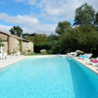 Comfortable Holiday Home with Private Pool in Alixan