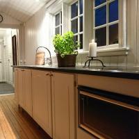 Bokebacken i Bjärnhult stuga skog natur, hotel in Linderöd