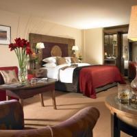 Westport Plaza Hotel, Spa & Leisure, hotel in Westport