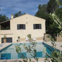Cozy holiday home in Saint-Antonin-du-Var with large pool