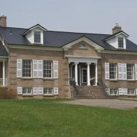 Maplehurst Manor