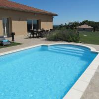 Luxurious Villa in Thermes-Magnoac France With Swimming Pool, hotel in Thermes-Magnoac