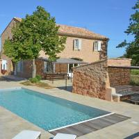 Detached House With Private Garden in Bizanet France, hotel in Bizanet