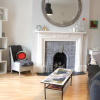 Trendy 2BD flat in West Hampstead