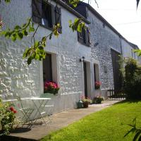 Charming Cottage in Brûly-de-Pesche With Private Garden, hotel in Couvin