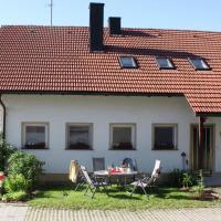 Charming Holiday Home in Neureichenau, 8 km from Ski Area, Hotel in Neureichenau