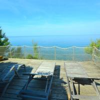 Simple Holiday Home in Castiglioncello with Garden