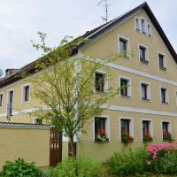 Holiday home Bayerwald 1, hotel in Perlesreut