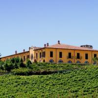 Fabulous Mansion in Nizza Monferrato with Swimming Pool