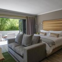 Silver Forest Boutique Lodge and Spa, Hotel in Somerset West
