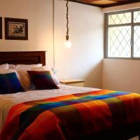 Hospedaje Los Ponchos, hotel em Otavalo
