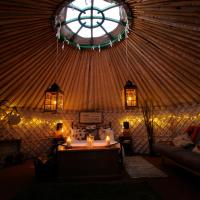 Glamping on the Hill, hotel in Mells