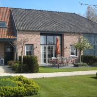 Charming Holiday Home with Sauna in Zuidzande, hotel in Zuidzande