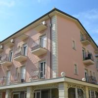 Residence Uno Studio&Suites, hotell i Rimini