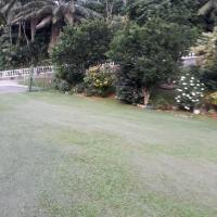 Loversnest Self Catering, hotel in Anse aux Pins