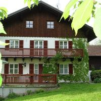 Cozy Apartment in Bavaria with Sauna, hotel in Drachselsried