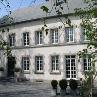 Luxury Holiday Home by the Forest in Honnay, hotel in Honnay