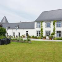 Modern Holiday Home in Senzeille with Garden, hotel in Senzeille