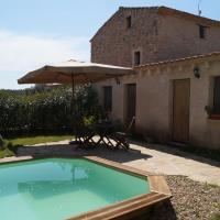 Beautiful Cottage in Renau Costa Dorada with Swimming Pool, hotel in Renau