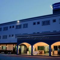 Miotto Executive Hotel, отель в городе Навегантис