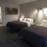 Complexe Dix80, hotel em Mont-Laurier