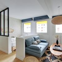 Pick a Flat's Apartment in Eiffel Tower - rue Boulevard de Grenelle