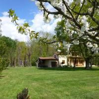 Maison de Vacances MACOU 2, hotel in Capdrot
